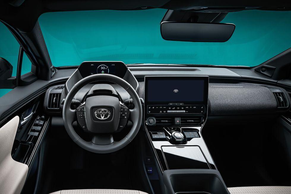 toyota-bz4x-interior