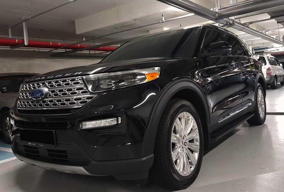 2020-ford-explorer-black