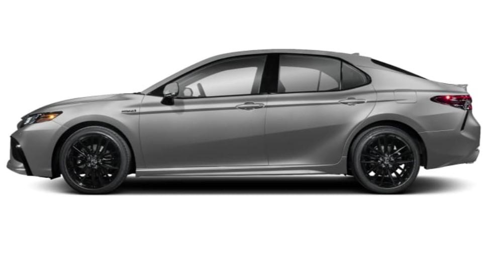 camry-sedan-hybrid-black-rim-wheels