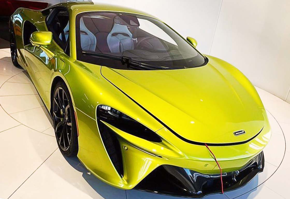 mclaren-artura-hybrid-supercar-2021