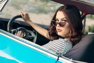 woman-drivers-need-car-insurance