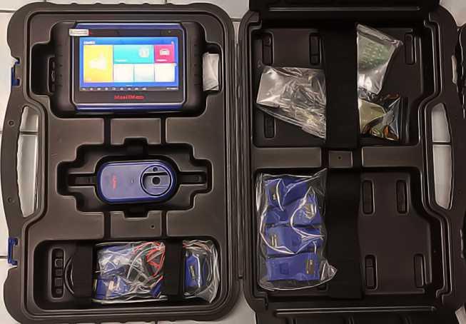 MaxiIM508-code-scanner-and-reader-kit-to-program-2016-ram-key-fob